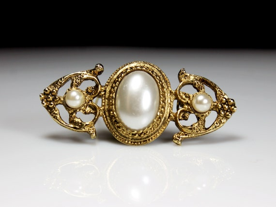 Faux Pearl Brooch, Edwardian Style, Gold Tone, Locking C Clasp, Fashion Pin, Costume Jewelry, Collectible
