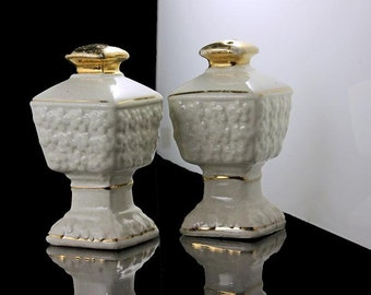 Mini Salt and Pepper Shakers, Pedestal, Footed, Japan