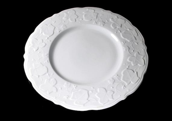 Dinner Plate, Sterling China USA, Restaurant Grade, Embossed Ivy Pattern, White, Scalloped Edge