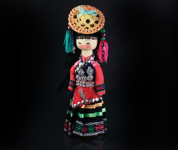Collectible Peg Doll Figurine, Chinese, Oriental, Statue, Asian, 7.5-inch Doll, Ethnic Nationalities of China, Hand Painted, Original Box