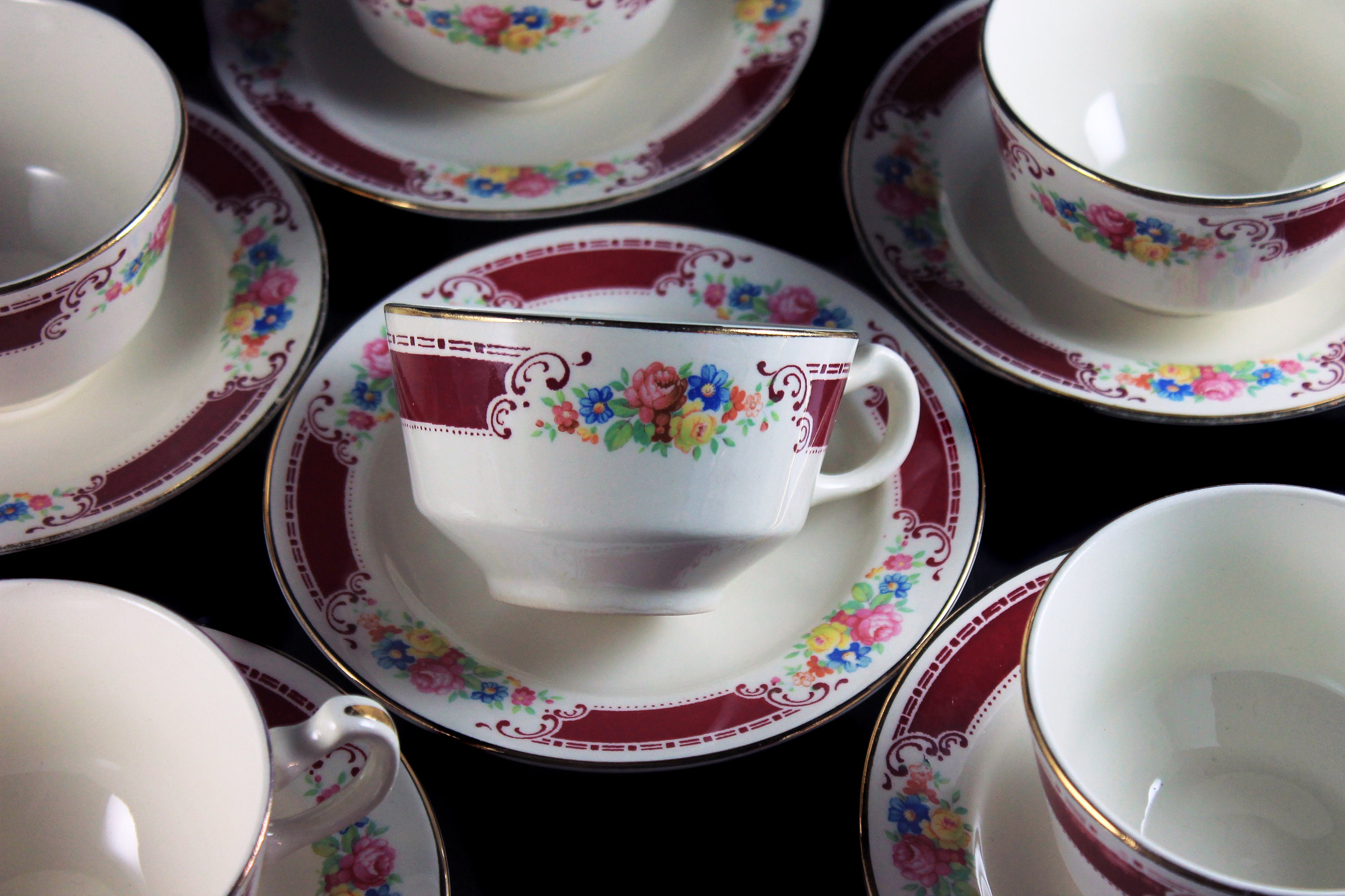Cups and Saucers, Homer Laughlin, Majestic, Brittany Shape