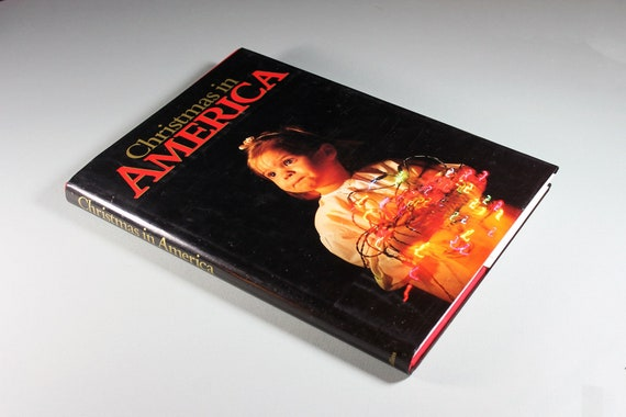 1988 Hard Cover Book, Christmas in America, David Cohen Editor, Holiday Book, Coffee Table Book, Photography, Non-Fiction, Photojournalism