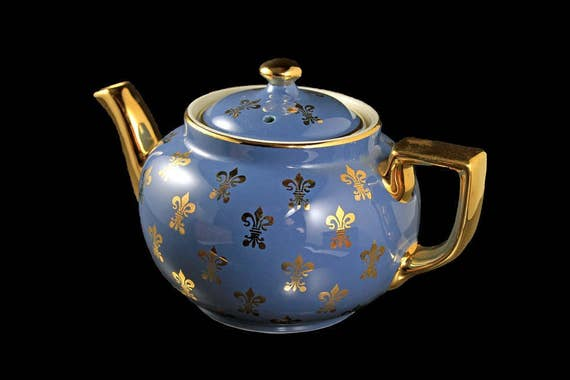 Hall Teapot, Fleur De Lys, Dark Blue, Gold Trim, 6 Cup, Boston Shape, Collectible,