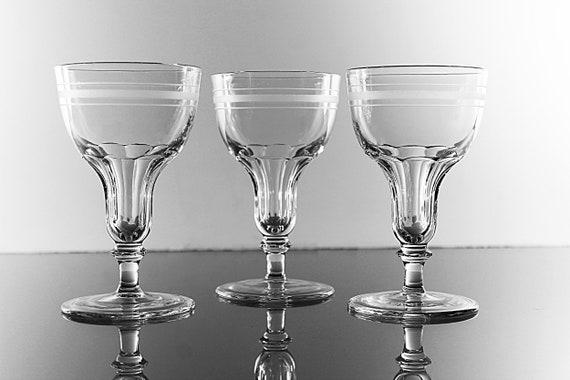 Champagne Glasses, White Stripes, Wine Glasses, Set of 3, Clear Glass, Stemware, Barware