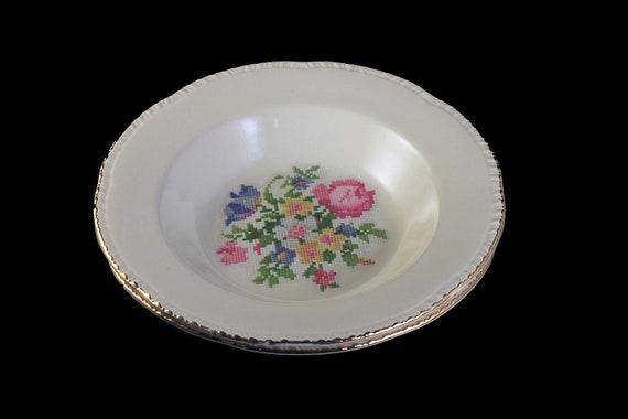 Rim Soup Bowls, Homer Laughlin, Petit Point, Floral Center, Gold Trim, Set of 2, Fine China