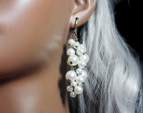 Pearl Grape Cluster Earrings, Lever-back, White, Silvertone, Wedding Jewelry, Costume Jewelry, Fashion Jewelry