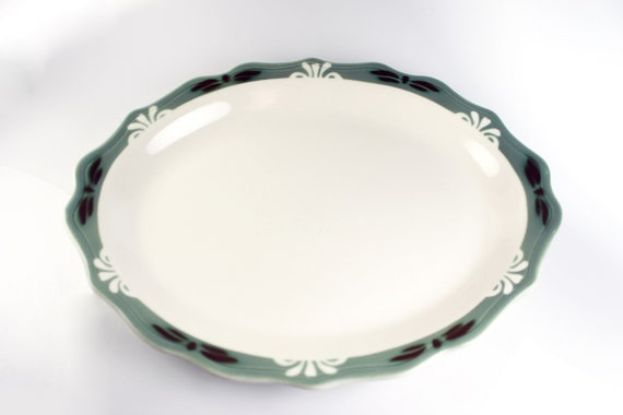 Syracuse China Oval Platter,  White Fleurettes and Green Band, 13-Inch, Scalloped Edge, Restaurant Grade