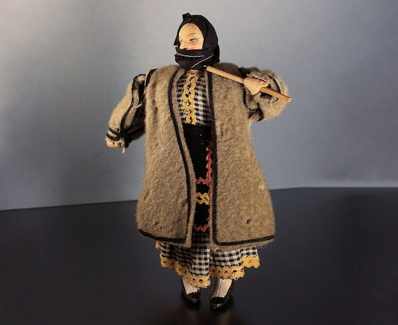 Russian Doll, Stockinette, Handmade Doll, Art Doll, Russian Dress, Russian Peasant, Collectible