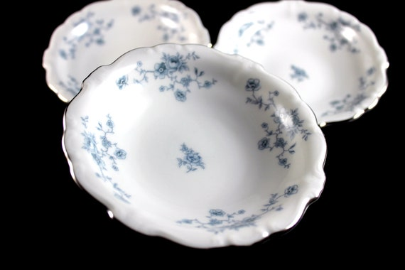 Fruit Bowls, Johann Haviland, Blue Garland, Bavarian Backstamp, Floral Pattern, Set of Three, Fine China, Dessert Bowls, Discontinued