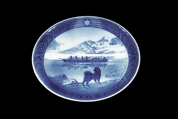 1968 Collectible Plate, Royal Copenhagen, The Last Umiak, Christmas Plate, Limited Edition, Decorative Plate, Danish Porcelain, Original Box