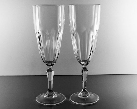 crystal champagne flutes cristal d 39 arques durand etsy. Black Bedroom Furniture Sets. Home Design Ideas