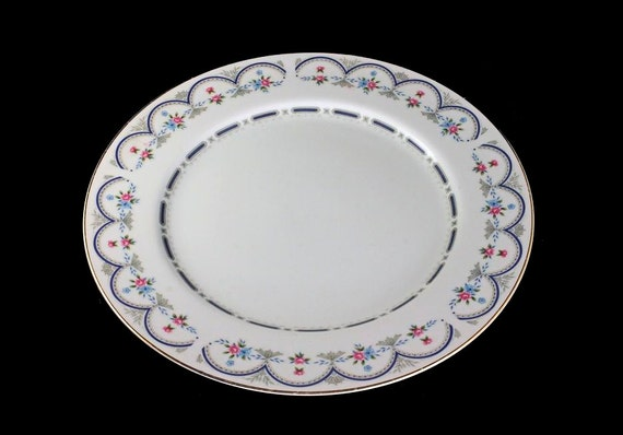 Dinner Plate, M Fine China Of Japan, Chantilly, Blue and Pink Floral Pattern, Gold Trim on Edge
