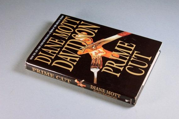 1998 Hardcover Book, Prime Cut, Diane Mott Davidson, First Edition, Mystery, Novel, Fiction, Literature, Recipe Book