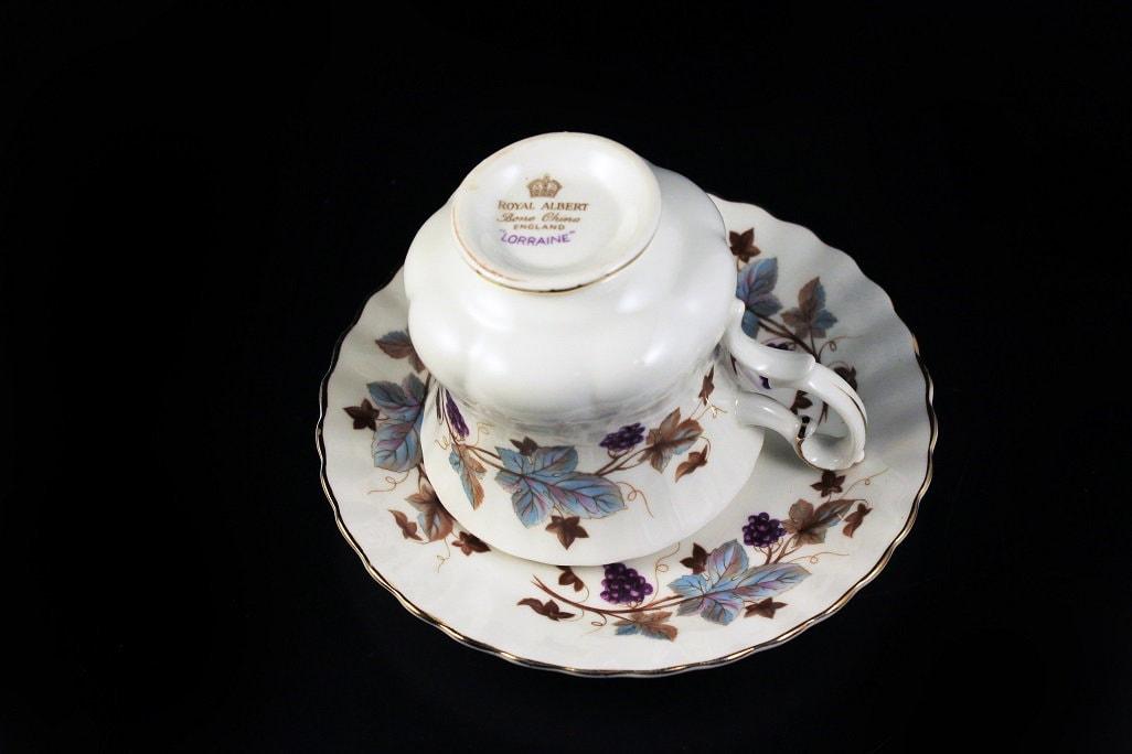 Royal Albert Demitasse Teacup Lorraine Leaf And Grape