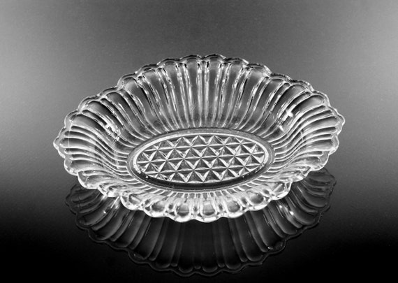 Anchor Hocking Pickle Dish, Relish Bowl, Pressed Glass, Oval Serving Bowl, Loops and Diamonds