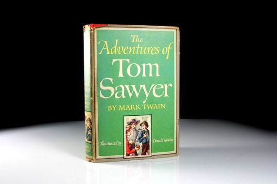 Hardcover Book, Tom Sawyer, Mark Twain, 1946 Edition, Classic Book, Fiction, Illustrated, Collectible