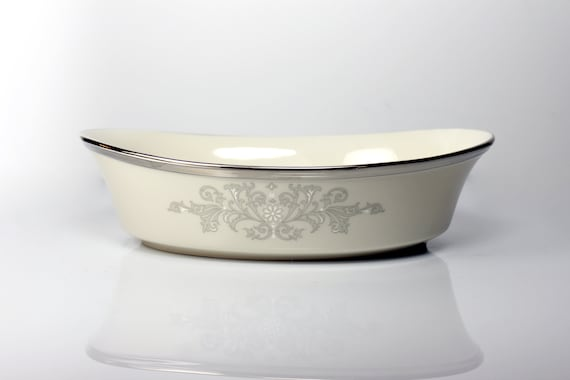 Vegetable Bowl, Lenox, Snow Lily, Discontinued, Cream Color, 10 Inch, Fine China, Like New