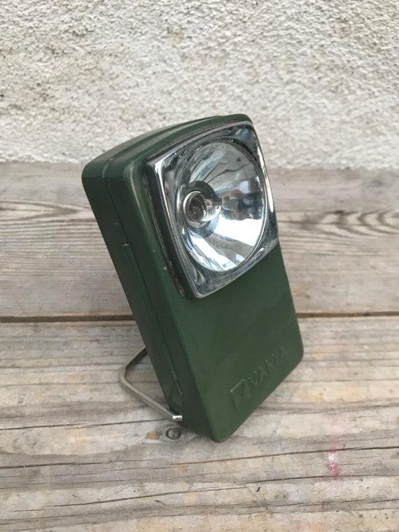 Lampe De Poche Ancienne Varta A Piles Metal Vert Trepied Etsy