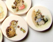 Miss Moppet 15mm buttons - 0.6 quot - Beatrix Potter - Storybook Buttons