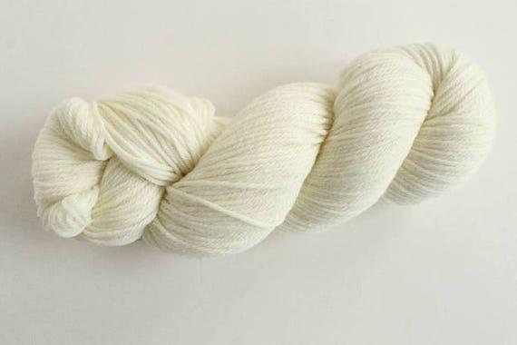 Undyed Yarn 100/% Superfine Merino 4 Ply 10 x 100g hanks 1 kg
