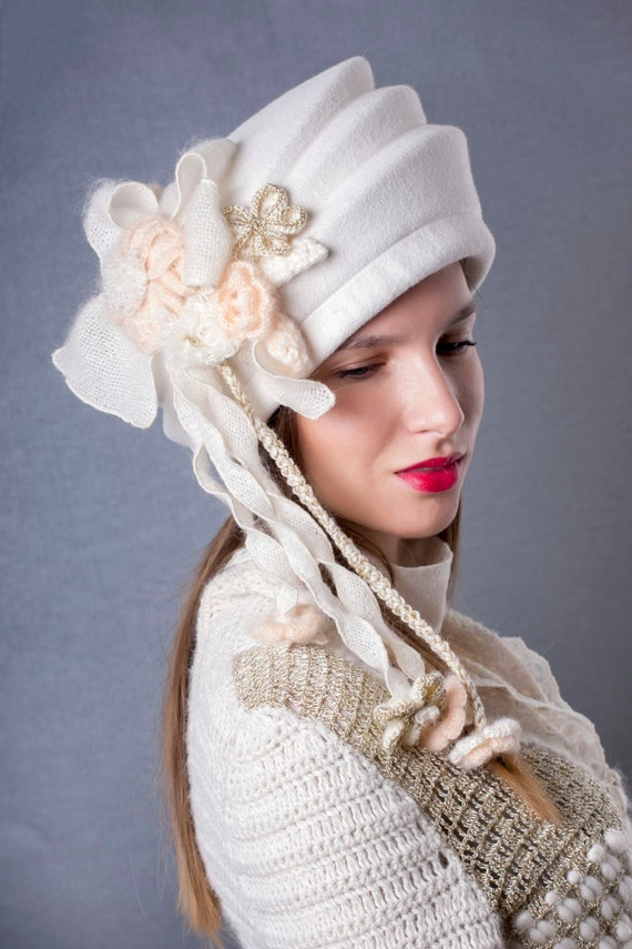 Stunning Wedding hat Gorgeous ivory bridal hat couture  be19e7a88b80
