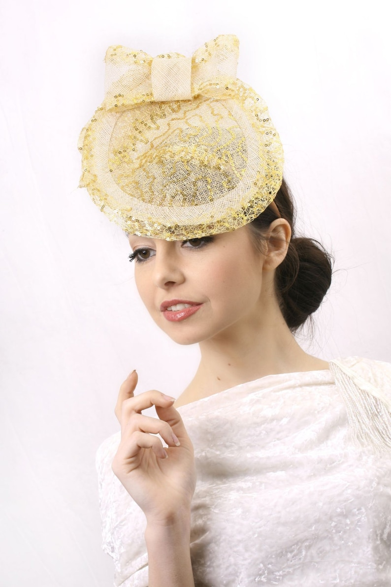 7ff92a061825d Gold and Ivory hat, Melbourne cup Fascinator, Elegant fascinator, Kentucky  derby hat, Wedding Hat, Haute Couture headpiece, Bridal guest hat