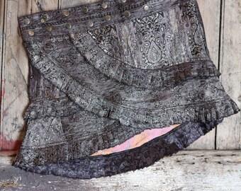 M, SILVER MATRIX, Ruffle Skirt, Silk Sari, Tribal, Barocco tribal, Belly Dance, Burning man, Ruffle, Festival, Short skirt, mini,