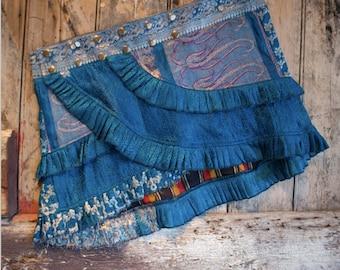NEW! M-L, OCEAN WAVES, Ruffle Skirt: Silver Design, Silk Sari, Tribal, Barocco Tribal, Belly Dance, Burning man, Ruffle, Festival