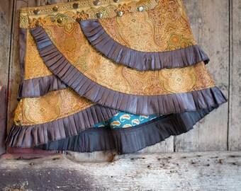 S-M, GLOW DUST, Ruffle Skirt, Silk Sari, Tribal, Barocco tribal, Belly Dance, Burning man, Ruffle, Festival, Short skirt, mini,