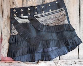 S, WHIRL POOL, Ruffle Skirt, Silk Sari, Tribal, Barocco tribal, Belly Dance, Burning man, Ruffle, Festival, Short skirt, mini,