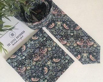 89526d579bb9 Liberty of London Bespoke Men's Necktie. William Morris