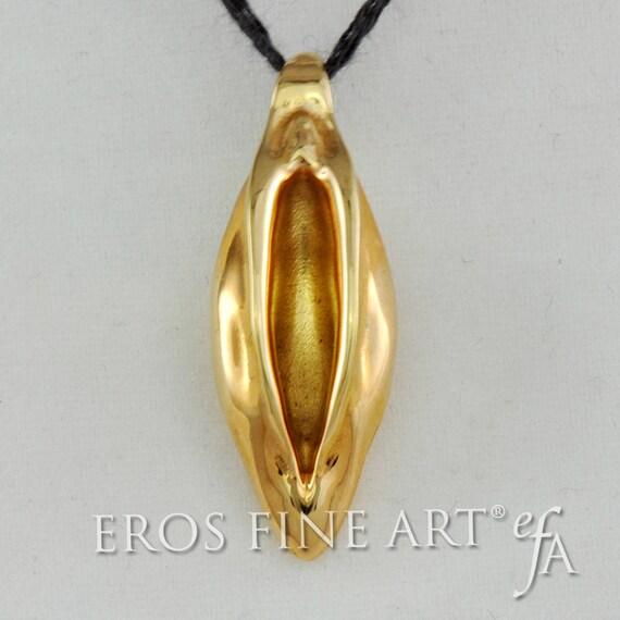 Erotic gold jewelery