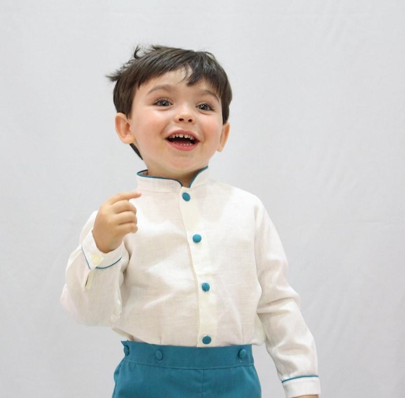 dd209532a3 Traje de niño para boda para llevar los anillos o las arras.
