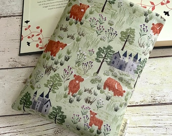 Highland Cow Book Buddy, Scottish Book Sleeve, Sage Green Protective Book Cover, Nature Reader Gift, Woodland Castle Bookworm Accessories