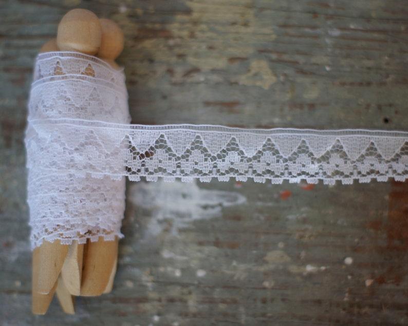 adc569e07a0 Vintage Fine White Lace Trim Geometric Floral Lace Border