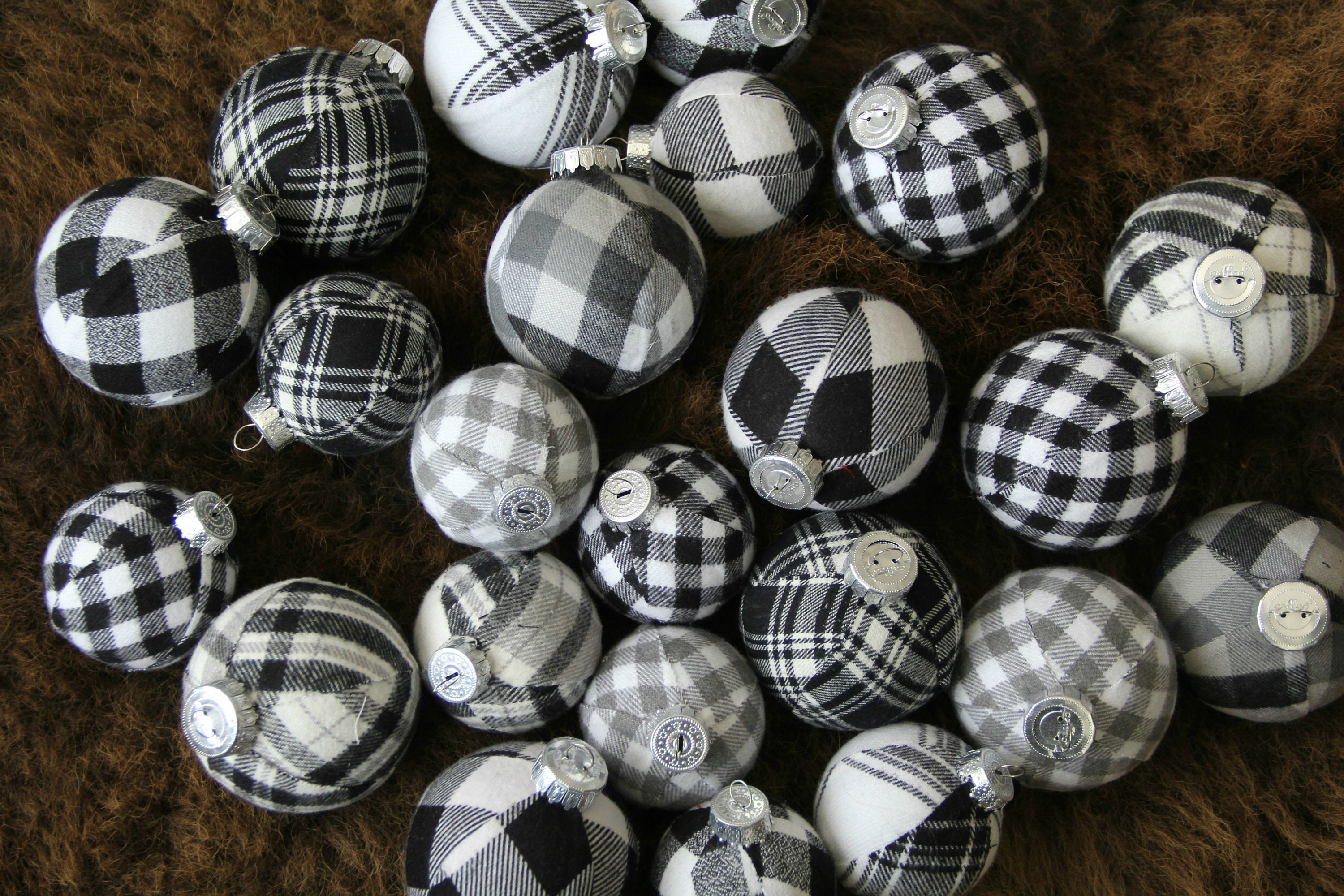 Black & White Buffalo Plaid Christmas Ornaments. Jumbo Set ...
