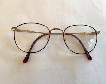 b8789c68b3 Vintage WIRE FRAME GLASSES