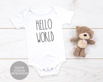 Hello World Baby Bodysuit, New Baby Bodysuit, Birth Outfit, Baby Outfit, Birth Announcement Outfit, Baby Shower Gift, Gifts for New Baby