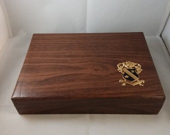 Dante Jewelry Box with Crest