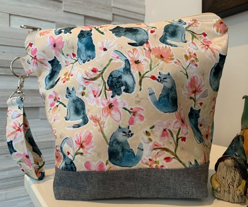 Cats with blossoms Knitting Project Bag with removable clip image 0