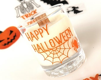 Halloween candle,Scented candle with frosted candy apple,Spider web design,hand poured with ecosoya wax & a wood wick, halloween decoration