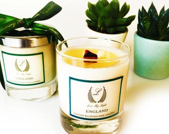 Spring Rain scented candle, Hand poured fresh scented candle with a woodwick, fresh spring rain scent, gift candle, birthday gift for her,