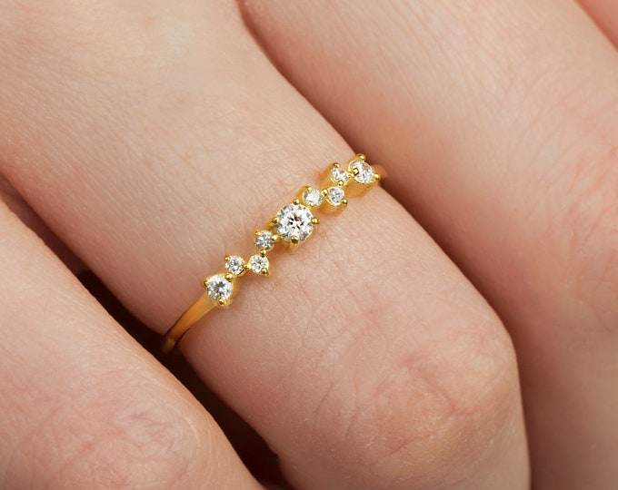Solid 14K Gold Engagement Ring , Cluster Ring, Gold Halo Wedding Ring, Proposal Ring, Gold Engagement Ring Diamond CZ