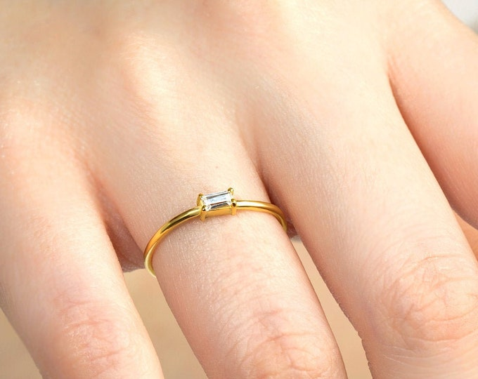 Baguette Ring , 14k Solid Gold Baguette Diamond Engagement Ring , Stacking Ring , Dainty Diamond Ring , Baguette Diamond Ring