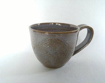 Purple ceramic coffee cup with spiral pattern- wheel thrown pottery mug- hand carved mug in purple