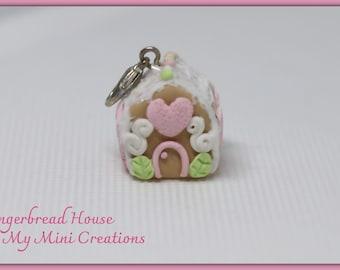 Miniature Gingerbread House , Miniature Food, Food Jewelry, Miniature Food Jewelry,Charm