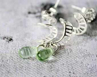 Green Stud Earrings Dangle Anniversary Gift - Wife Birthday Gift - Holiday Jewelry Gift for Friend - Modern Spiral Teardrop Earrings Silver