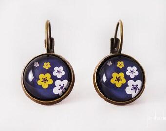 Earrings sakura cherry Japanese flowers black background