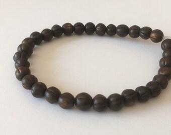 """Burnt horn beads, Carved horn 6mm round 8"""" strand"""