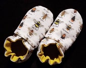 Custom classroom shoes, soft soled slippers, made to order slippers. Montessori or Waldorf shoes. Made to order. Bees